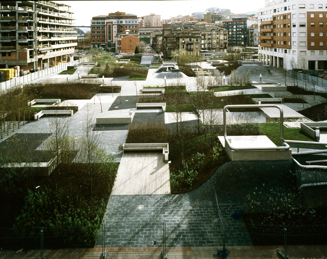 Plaza del desierto by eduardo arroyo no mad landscape for Landscape architecture