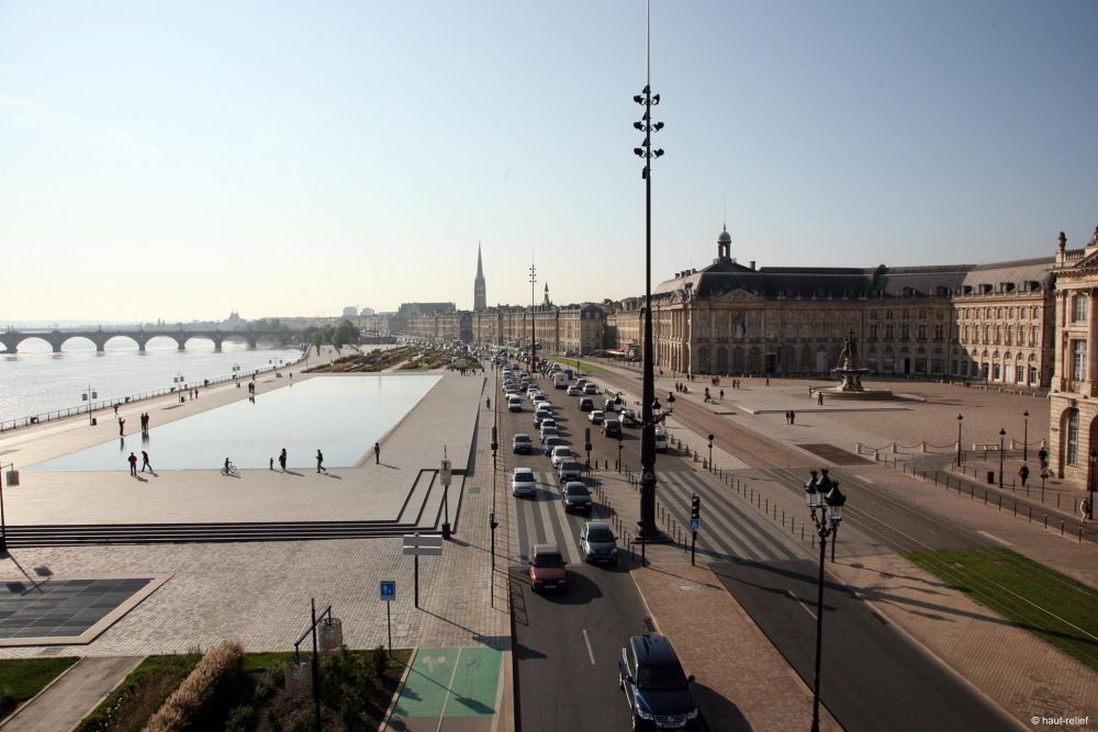 Water mirror for Miroir d eau bordeaux