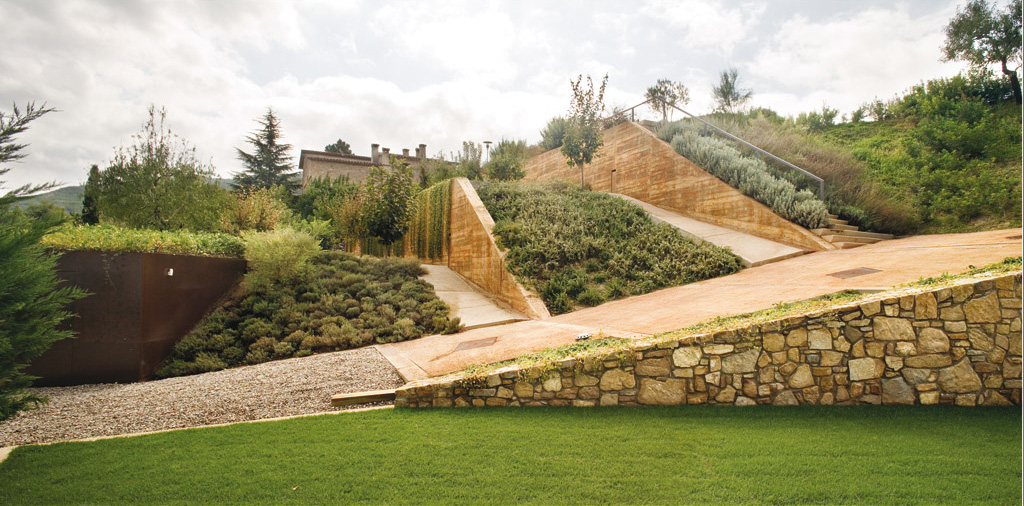 Horticultural garden by claudi aguilo riu dataae for Terrain landscape architecture