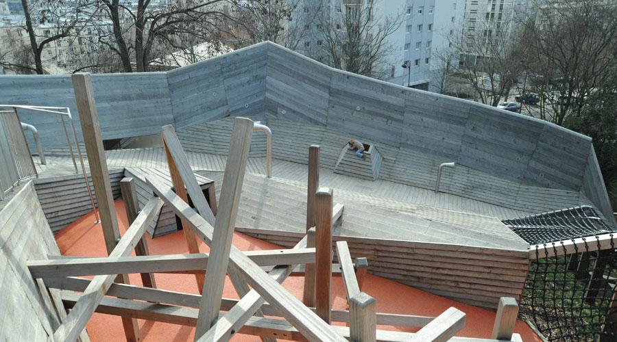 http://www.landezine.com/wp-content/uploads/2011/01/Base-Playground-in-Belleville-Park-in-Paris-16.jpg