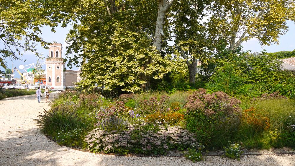 Il giardino delle vergini by piet oudolf landscape for Piet oudolf landscape architect