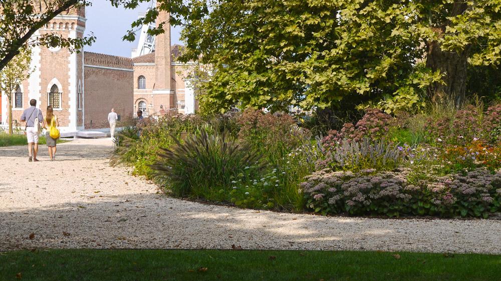Landscape architecture piet oudolf venice bienale 07 for Piet oudolf landscape architect