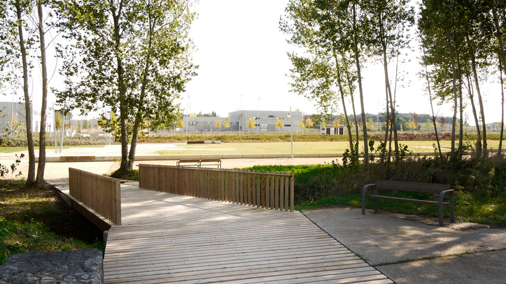 urban park and public spaces in the perell243 by manuel