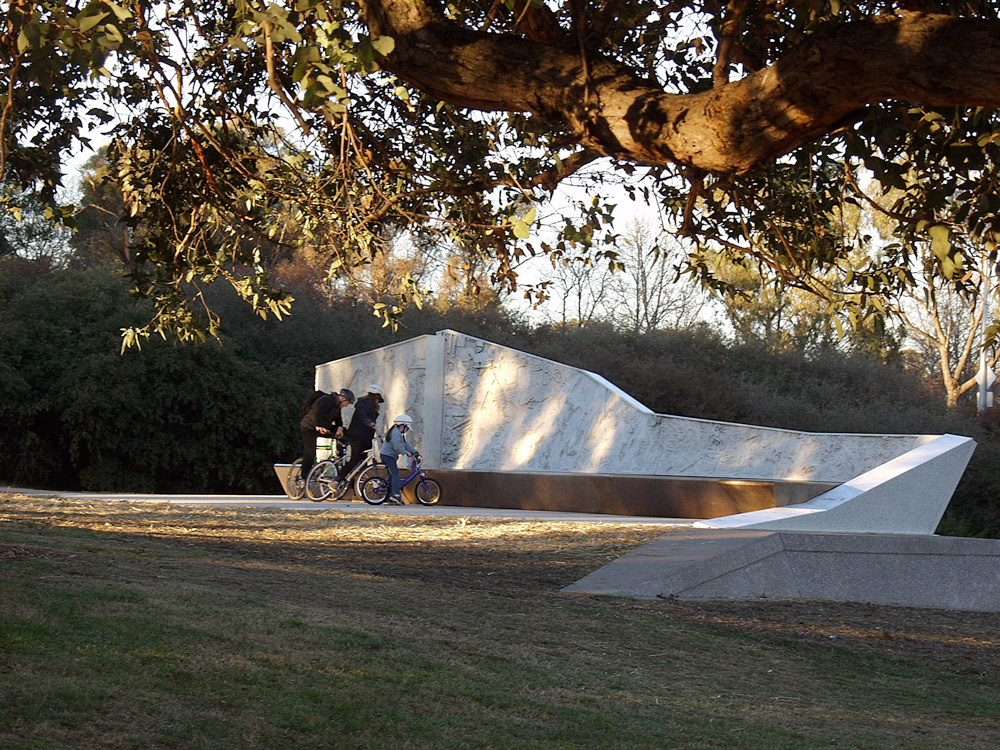 National emergency services memorial by aspect studios for Aspect landscape architects