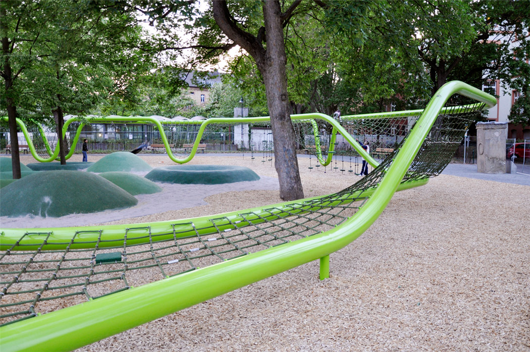 Sculptural playground in schulberg by annabau landscape for Landscape architecture