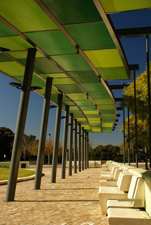 Jacarandasq hero canopy seats kyal sheehan landscape for Aspect landscape architects