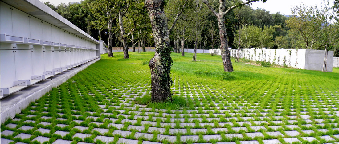 Laroque des alberes cemetery by emf landscape architecture for Landscape architecture