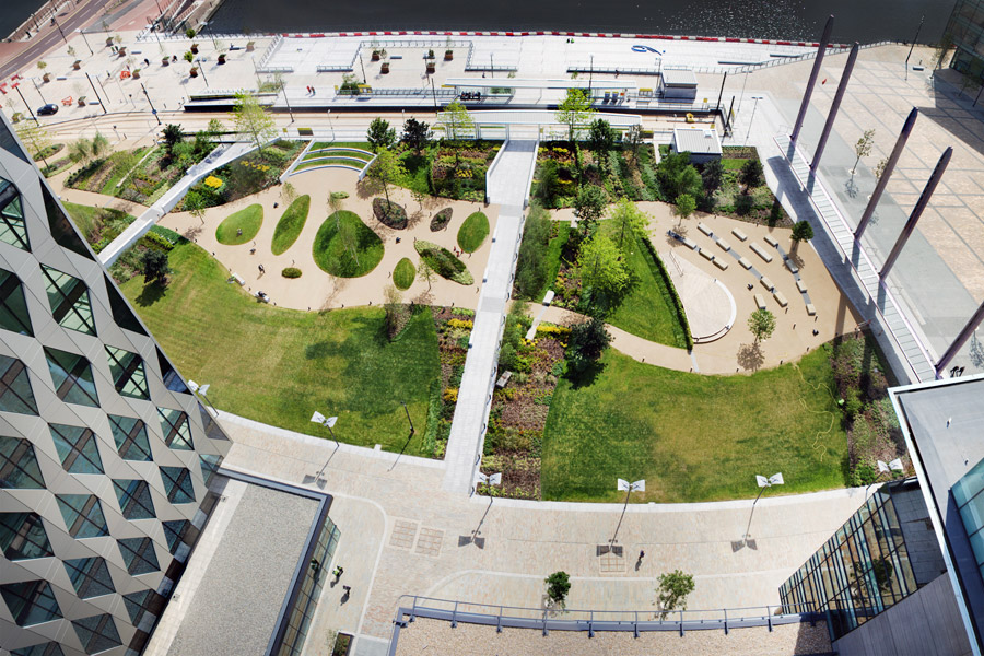 Mediacityuk by gillespies landscape architecture works for Spaces landscape architecture