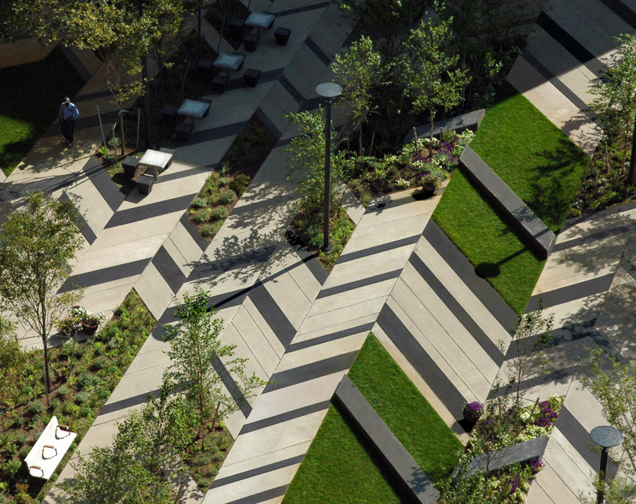 Levinson plaza by mikyoung kim landscape architecture for Space landscape construction adelaide