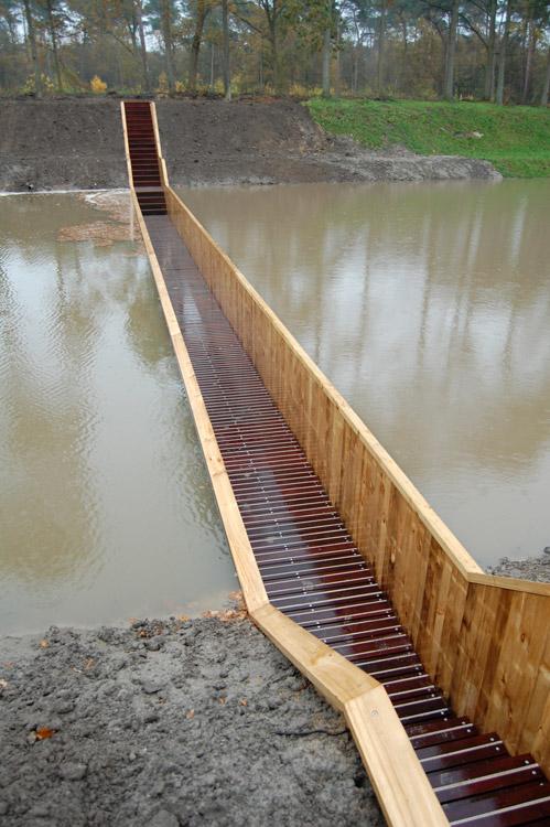 híd éppen befejezte