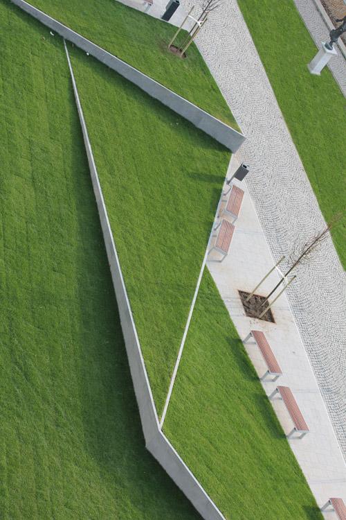 Riverside origami millennium city center by garten for Terraplan landscape architects