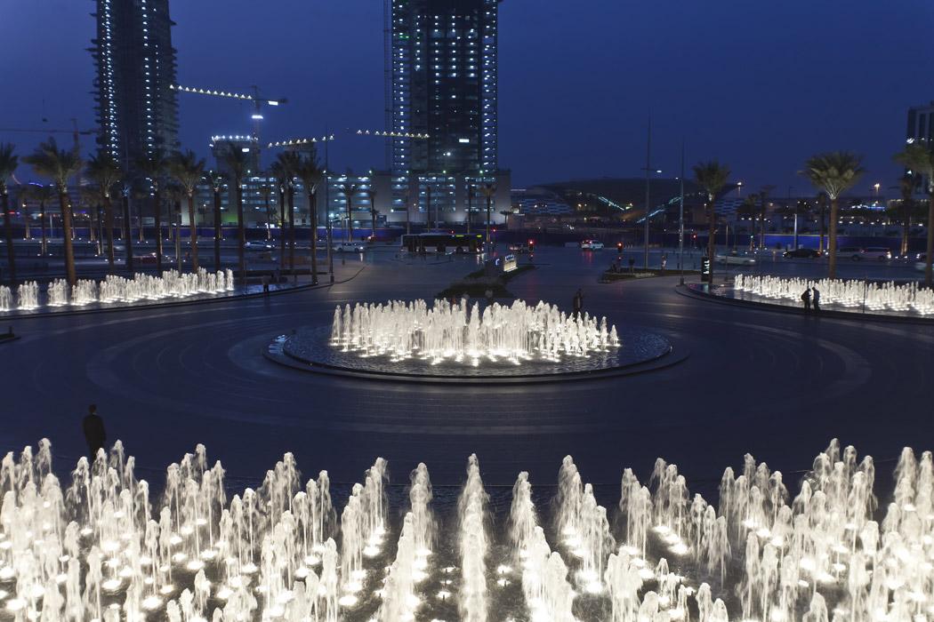Burj khalifa garden by swa landscape architecture 11 for Swa landscape architecture