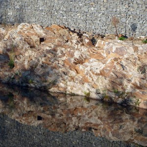 05-The-parent-rock-uncovered-and-the-schist-gabions-on-the-Gohards-brook