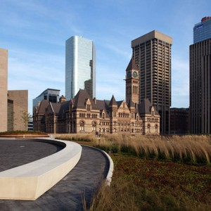 Nathan-Phillips-Square-Podium-Roof-Garden-04
