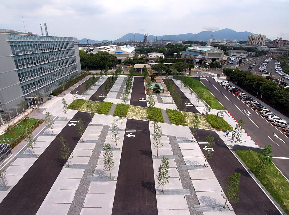 Nse kitakyushu technology center by platdesign landscape for Spaces landscape architecture
