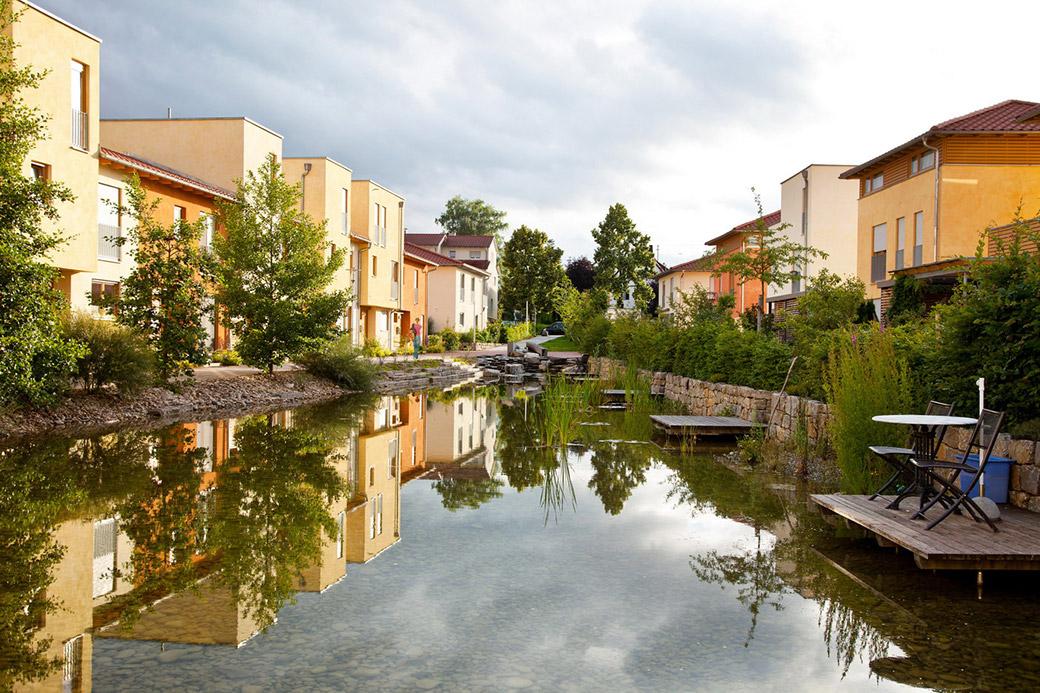 Arkadien winnenden by ramboll studio dreiseitl landscape for Stuttgart architecture