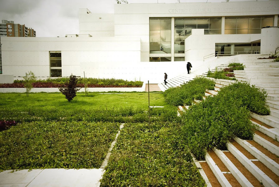 landscape architecture essay Landscape architecture as a career a landscape architect is an individual who arranges and modifies the effects of natural scenery over a tract of land so as to produce the.