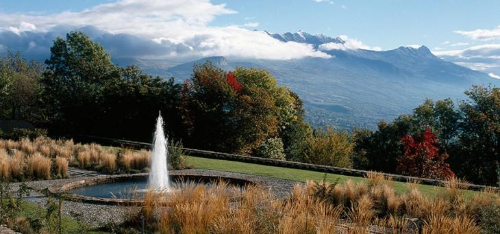 Charance Terrace Garden By Atelier Des Paysages Bruel Delmar Landscape Architecture Works
