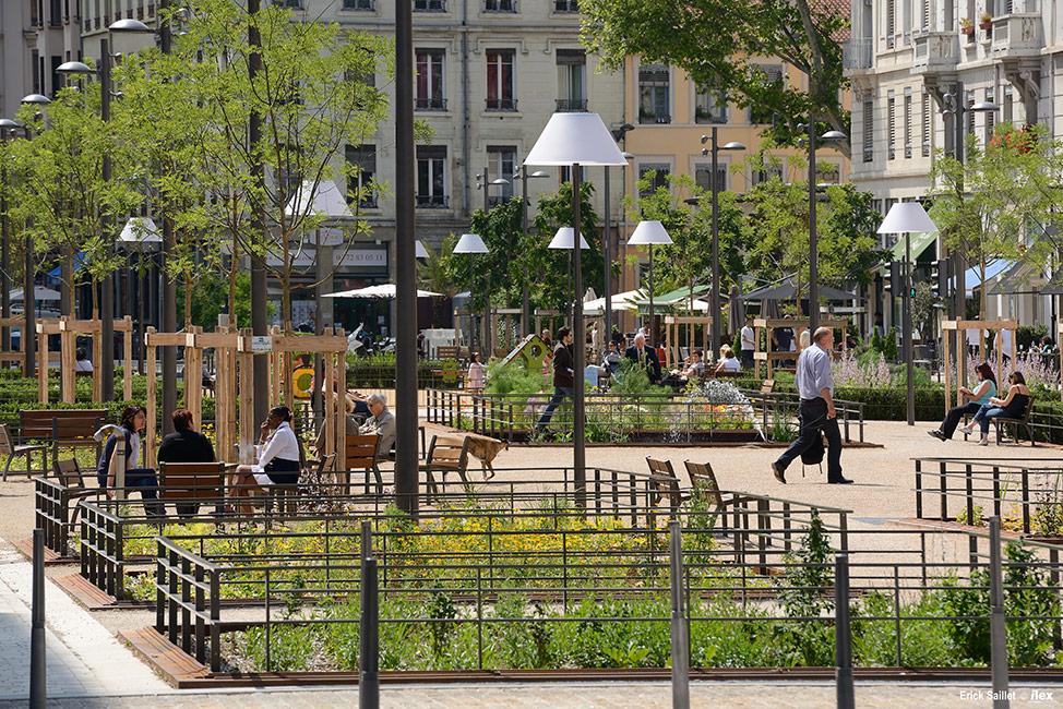 Place g n ral brosset by ilex landscape architecture for Place landscape architecture