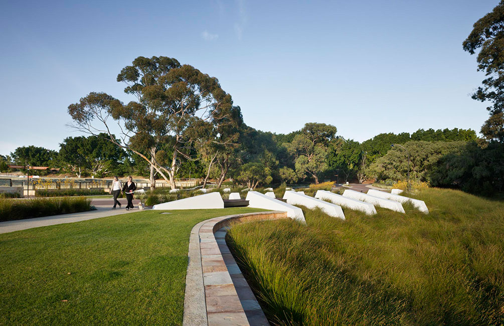 Lakeway redevelopment by hassell landscape architecture for Landscape architecture courses sydney