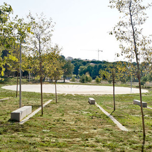 DataAE shared with us their project Central Park in Sant Pere de Ribes, located some 35 kilometres west of Barcelona.