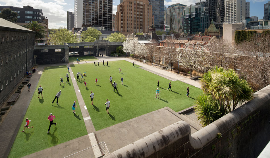 Rmit urban space by peter elliot architecture and urban for University of melbourne landscape architecture
