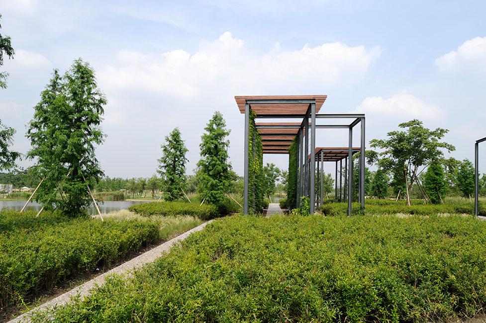 Chenshan Botanic Garden Shanghai by Planungsgruppe Valentien ...