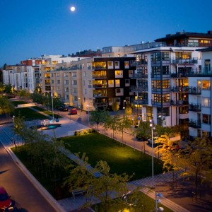 Hammarby Gård is located by Hammarby lake and Hammarby canal in Stockholm. It is one of several construction phases in the large urban development project of Hammarby Sjöstad.