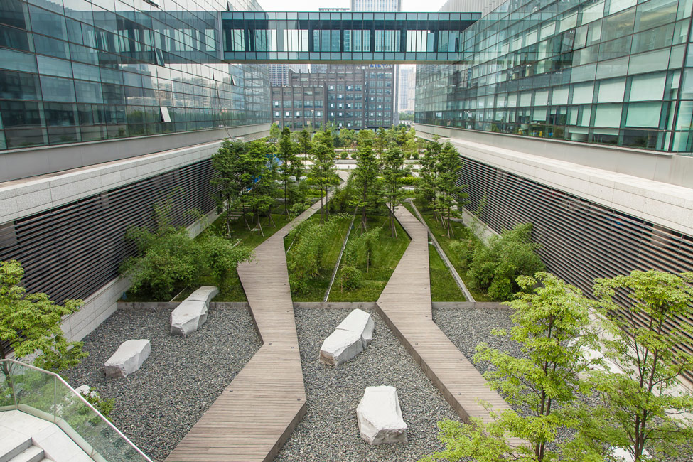 Symantec chengdu campus by swa landscape architecture for Advanced landscape design