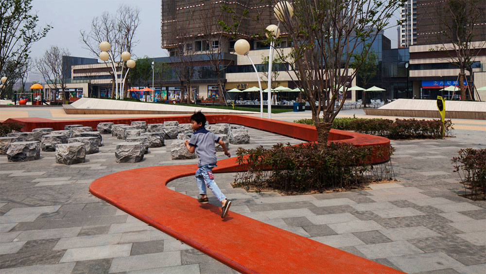 Vanke city locus architects 004 landscape architecture for Associate landscape architect