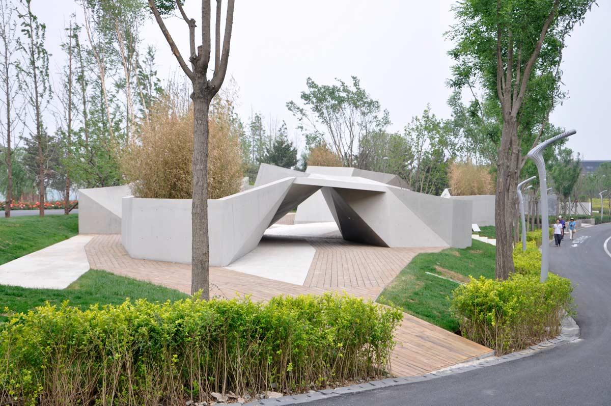 08 sunken garden by plasma studio landscape architecture for Landscape design studio