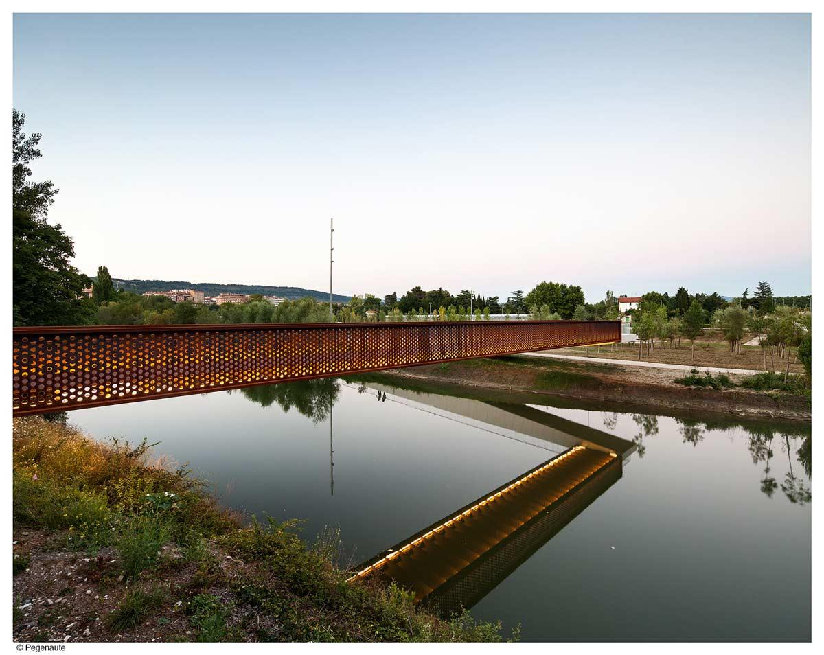 Concrete Corten Bridge Over Rio Arga Aranzadi Park 09