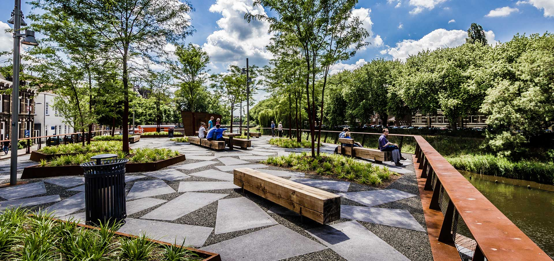 Public Roof Park On A River 1 171 Landscape Architecture