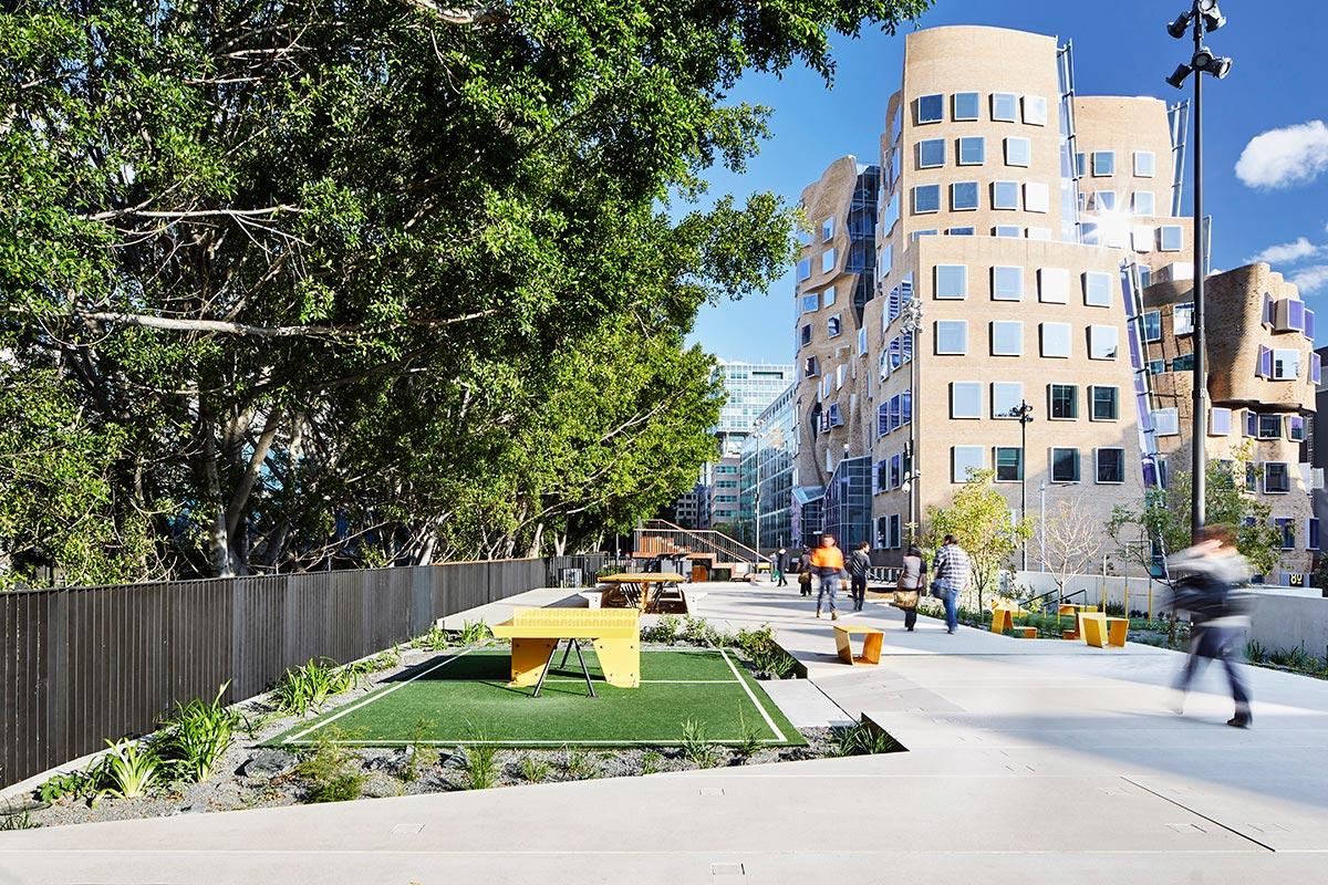 The goods line aspect studios chrofi 01 landscape for Aspect landscape architects