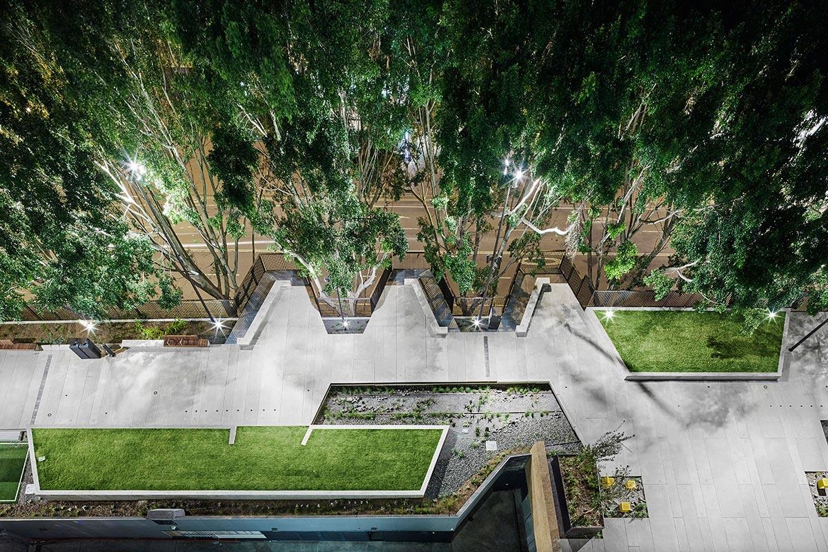 The goods line aspect studios chrofi 23 landscape for Aspect landscape architects