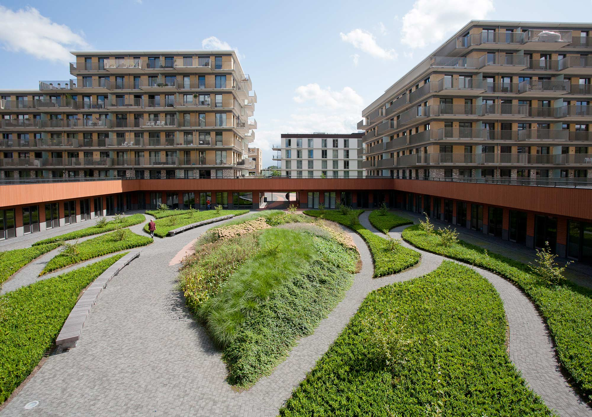 Zonnehuis care home patio residential park 01 landscape for American landscape architects
