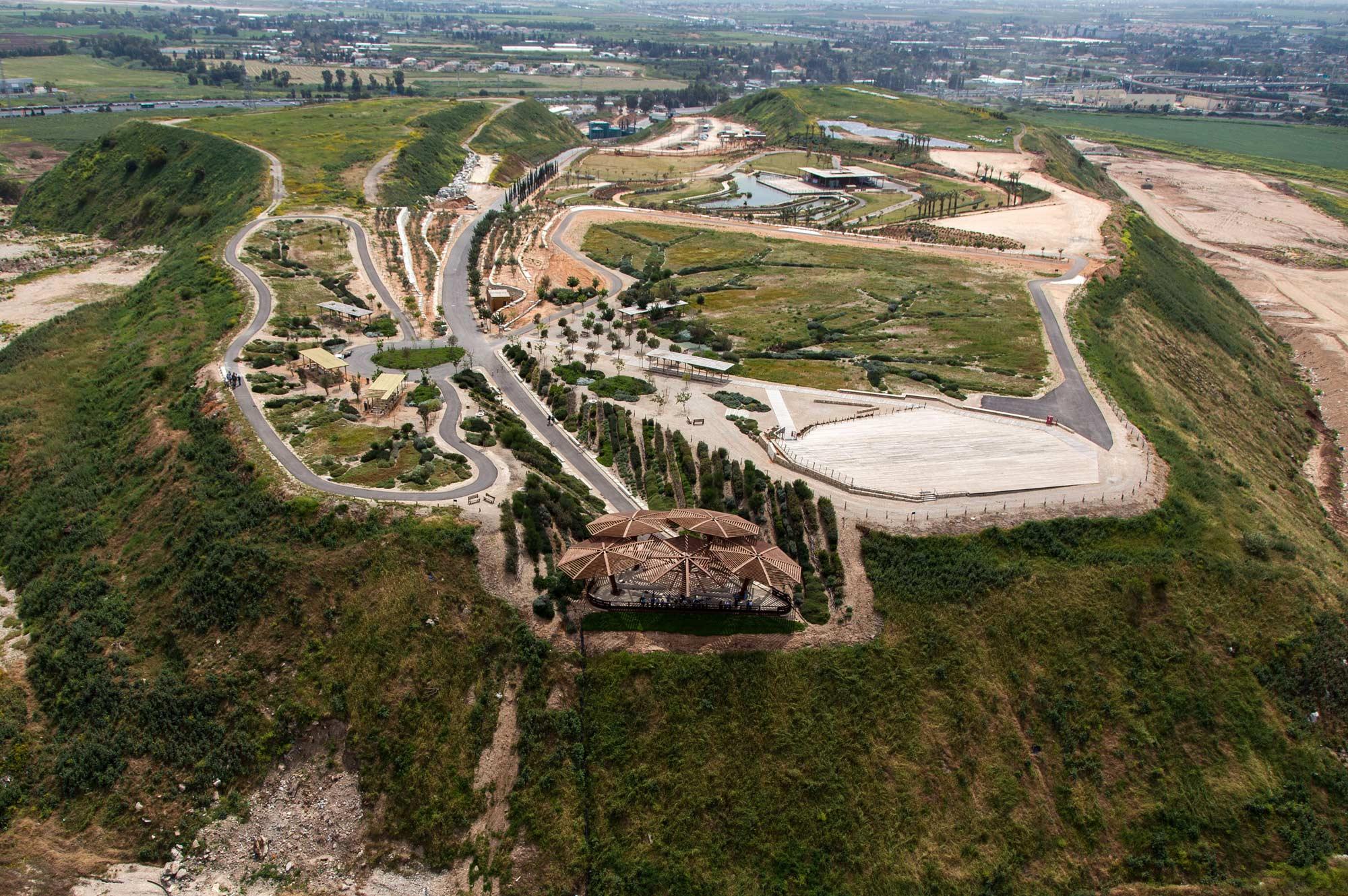 The Hiriya Landfill By Latz Partner 171 Landscape