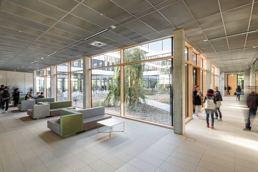 11 foyer ph frank schoepgens Â« landscape architecture works ...