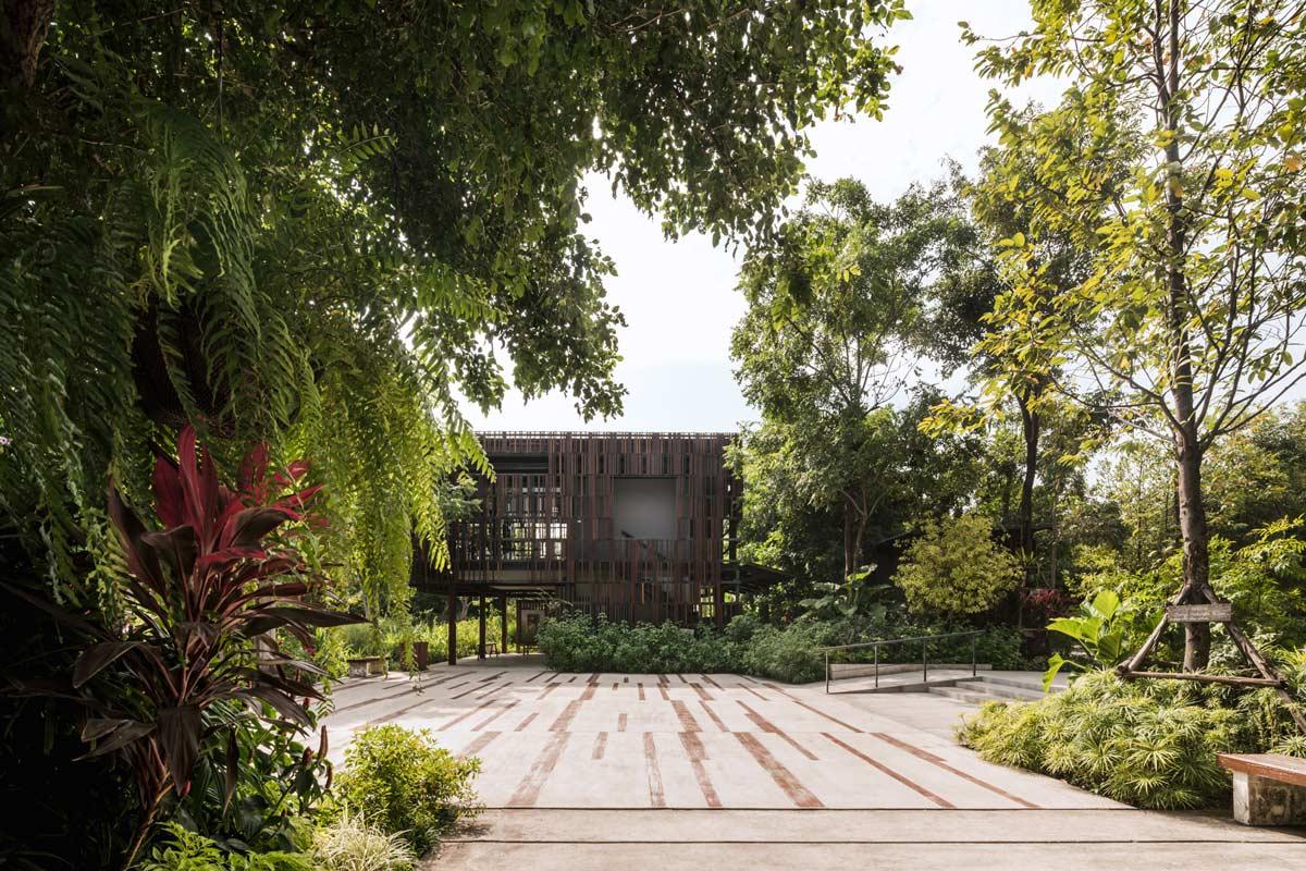 L49 mingmongkolpark 09 landscape architecture works for Landscape limited
