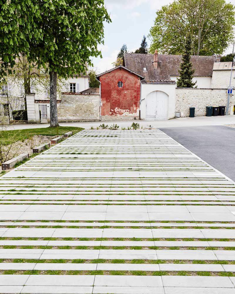 Guitrancourt place du village 02 landscape architecture for Place landscape architecture