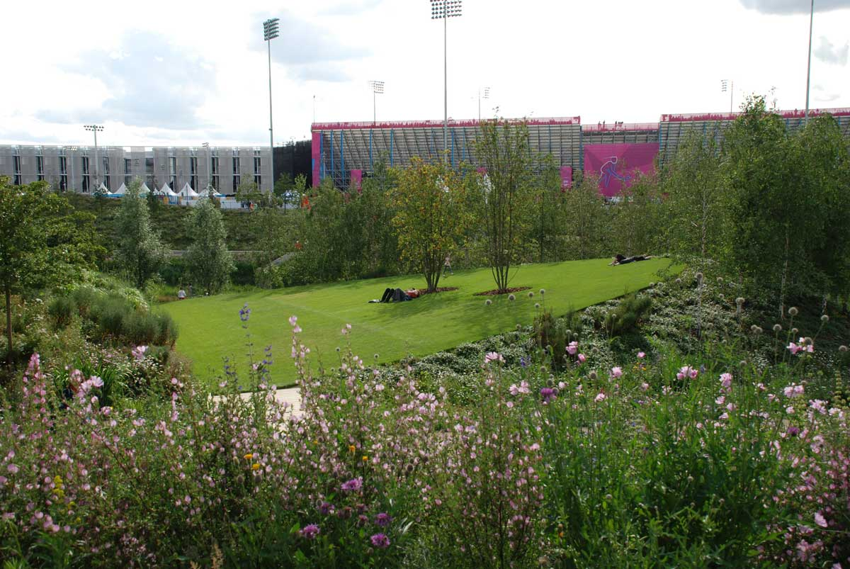 Queen elizabeth olympic park 13 landscape architecture for Garden design queens park