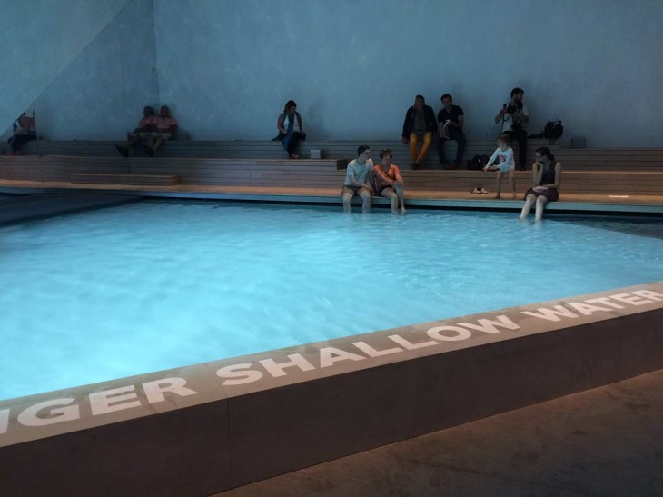 The pool as  public space – but not for everybody
