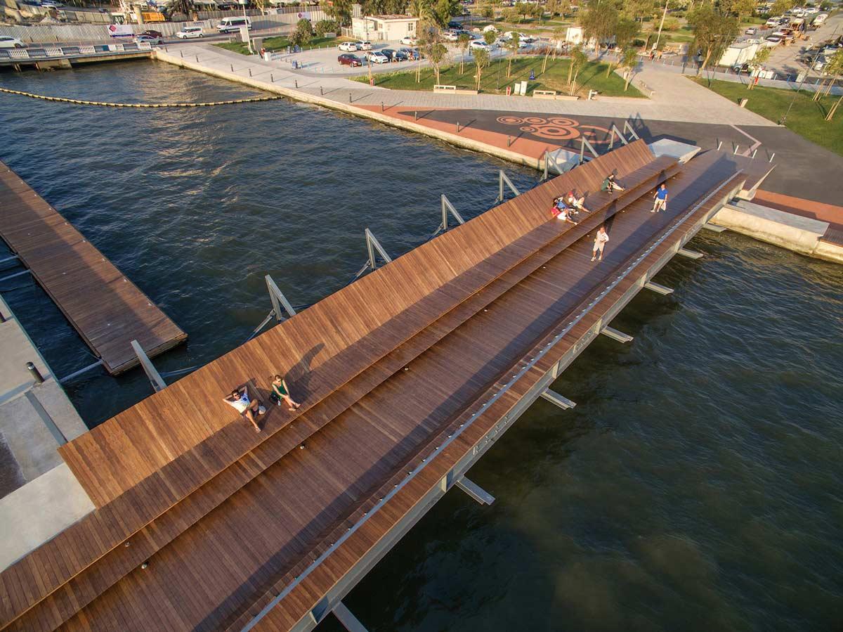 Wooden Waterfront Landscape Architecture