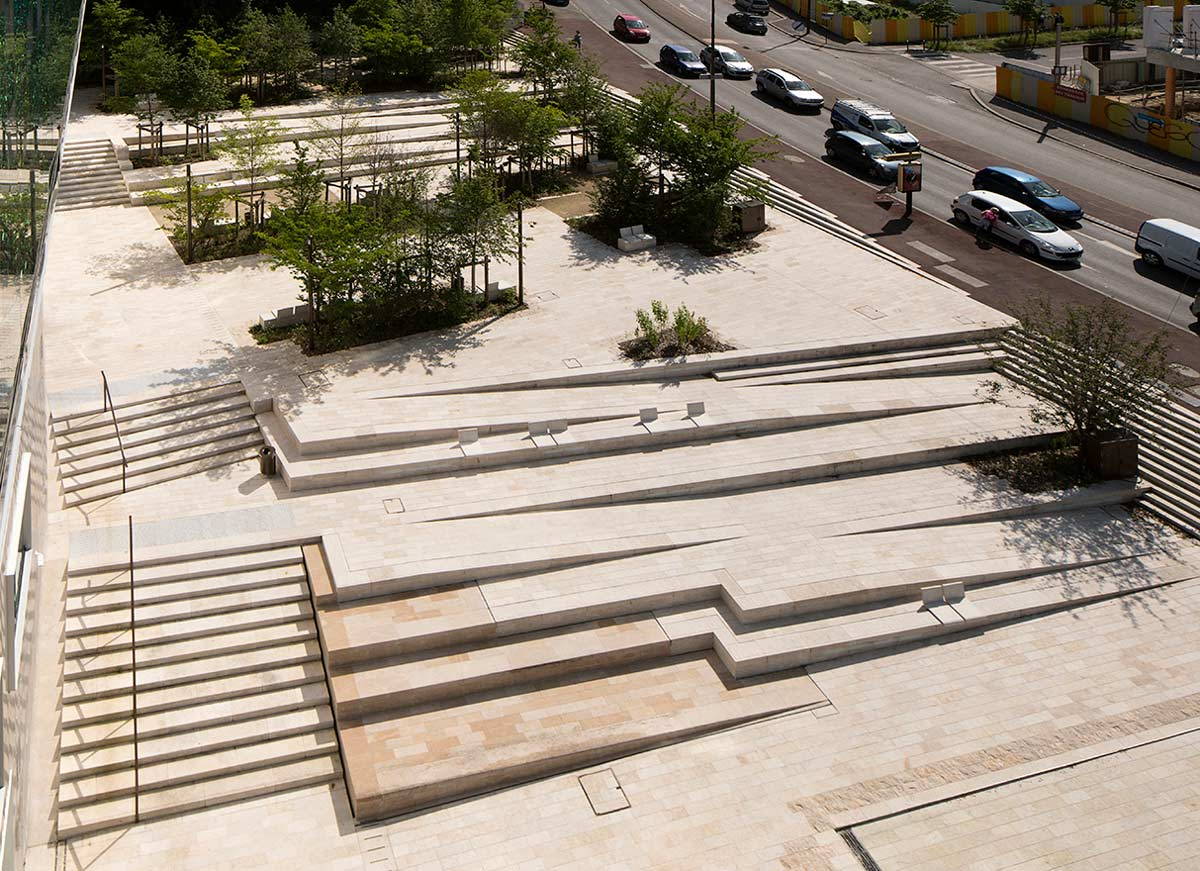 Town square by ateliers 2 3 4 17 landscape architecture for Landscape stairs design