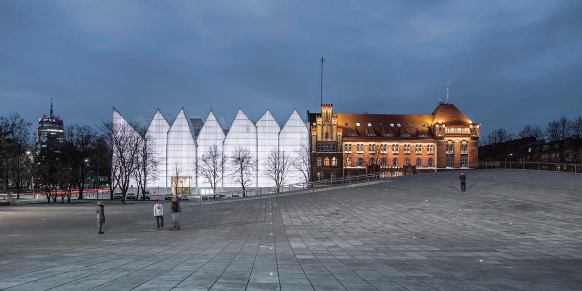 Modne ubrania National Museum In Szczecin – Dialogue Centre Przełomy by KWK BB48